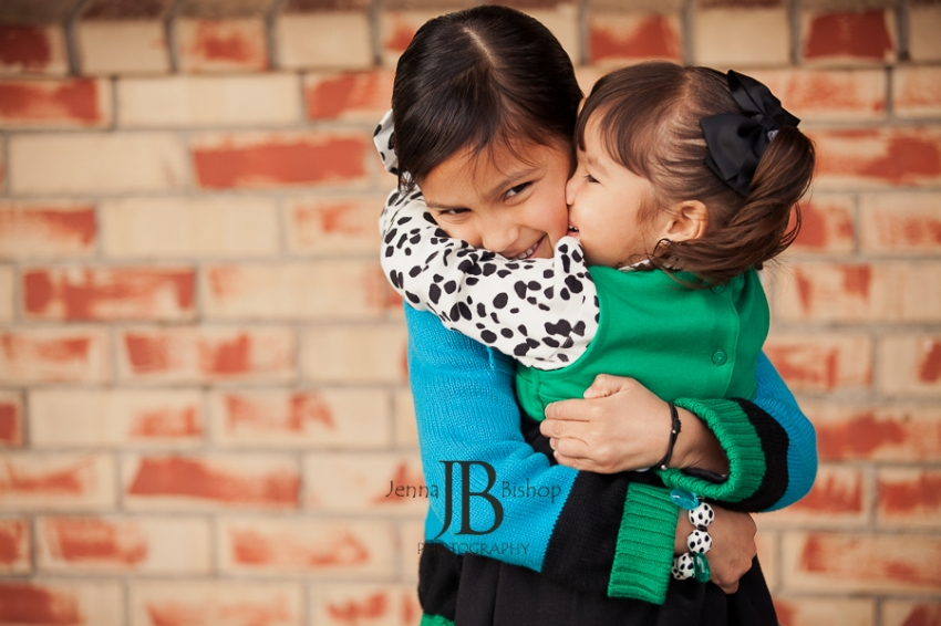 Sister Love: Gilbert Family Photographers
