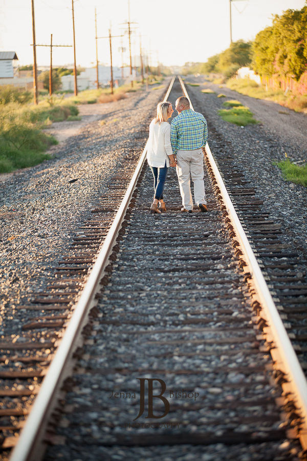 Engagement photographers in gilbert, az