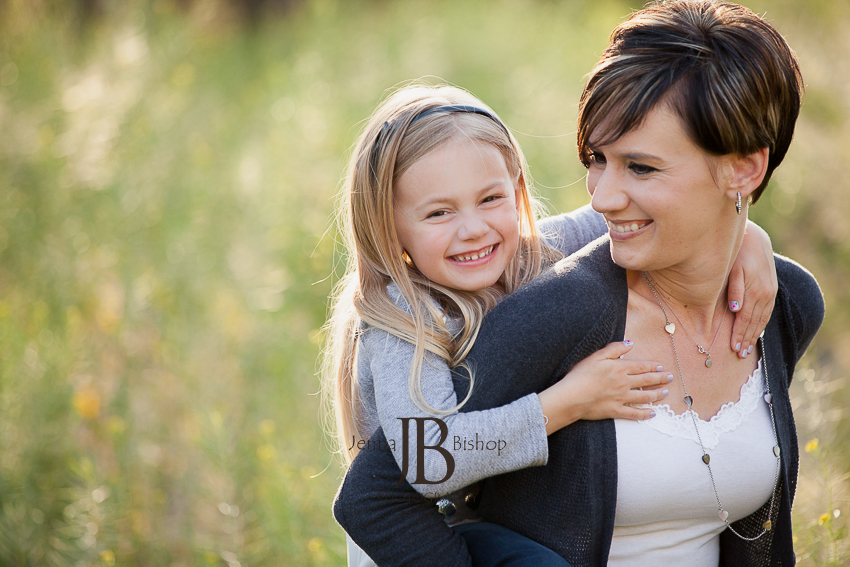 gilbert family photographers mother and daughter
