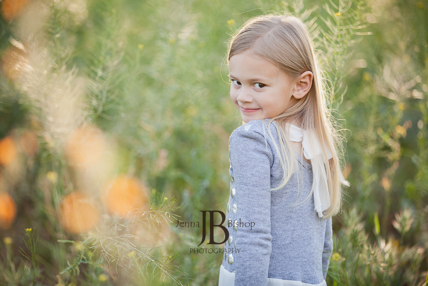 child looking over shoulder mesa family photographers