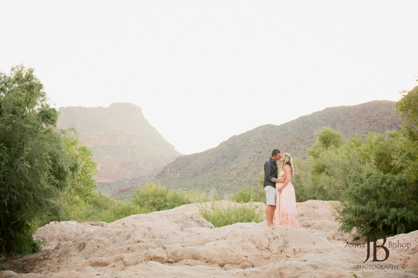arizona outdoor maternity photos