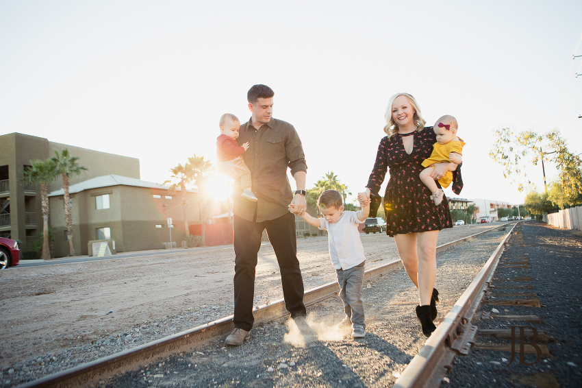 outdoor family photos in arizona